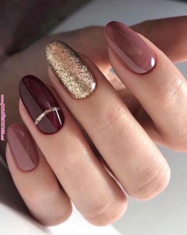 30 Nail Art per l'anno nuovo che vi faranno impazzire | MANIKUR | Almond nail art, Nail designs, Autumn nails Amanti della nail art a me: oggi vi svelo le 30 decorazioni per unghie più amate per il 2019! Tre glitter, strass e colori stravaganti! #autumnnails