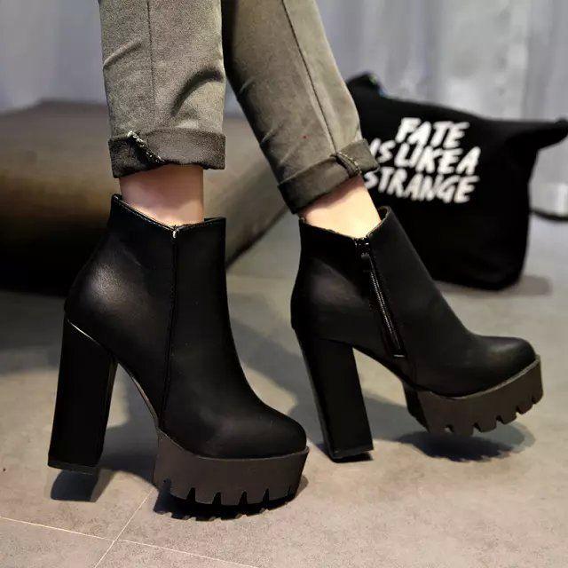 фото сапоги на каблуке осенние