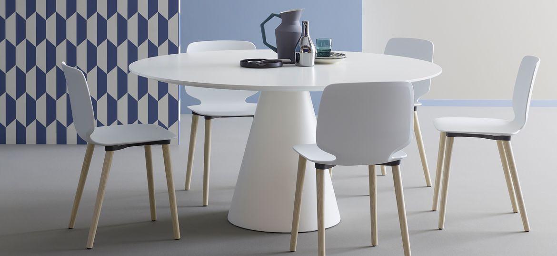runder weißer tisch. der tisch kann als esstisch oder auch als, Esszimmer dekoo