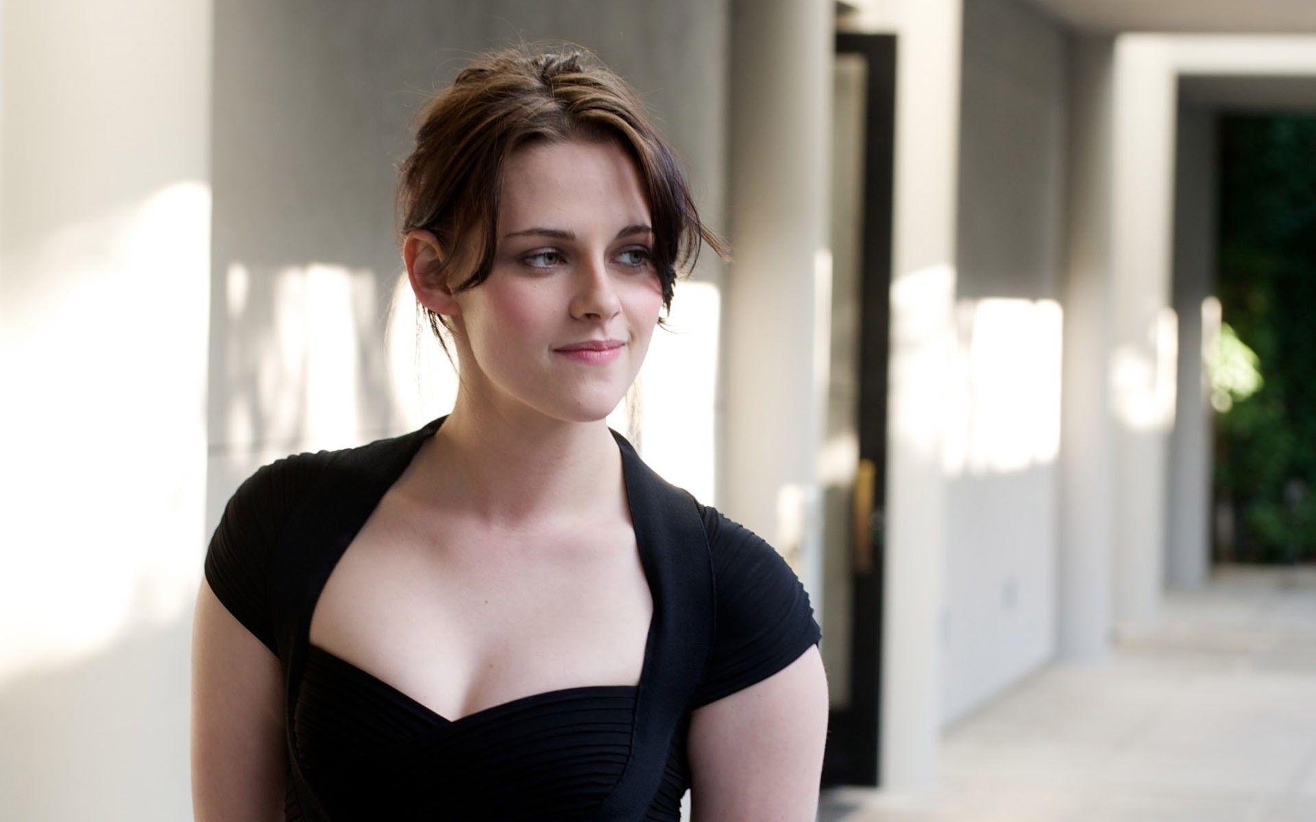 Women Kristen Stewart Actress Wallpaper -