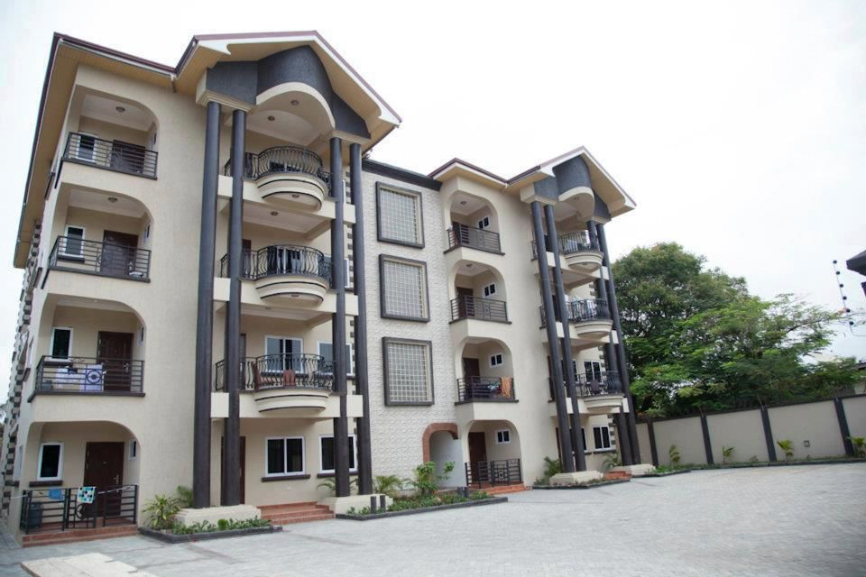Apartment homes in Ghana. | Two storey house plans, Modern ...