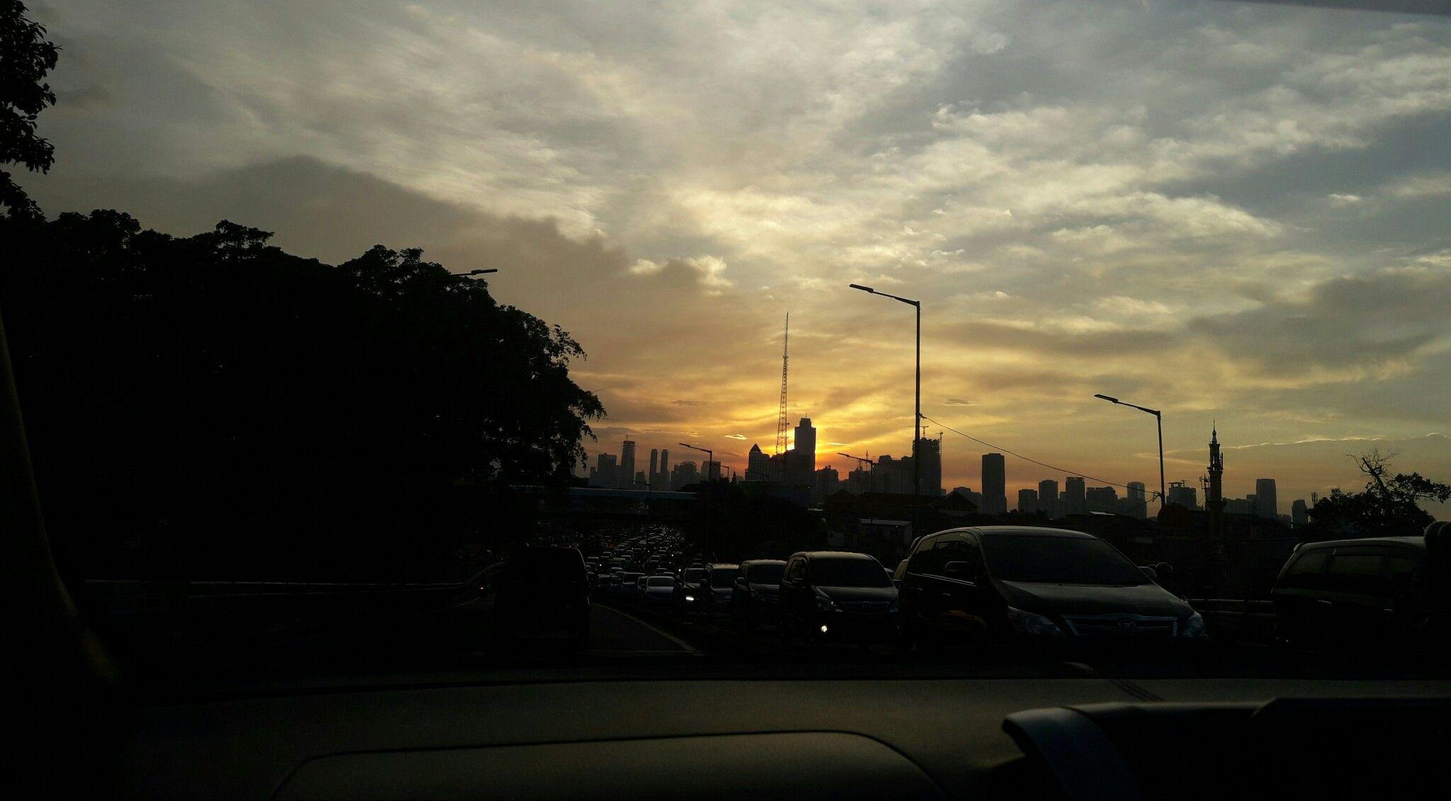 Langit Kampung Melayu di sore hari 23maret2018 Langit, Awan