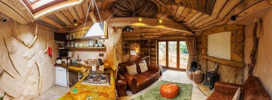 amazing treehouse lodge at kent cottages in the uk the rustic decor is super inspiring - Tree House Interior Ideas