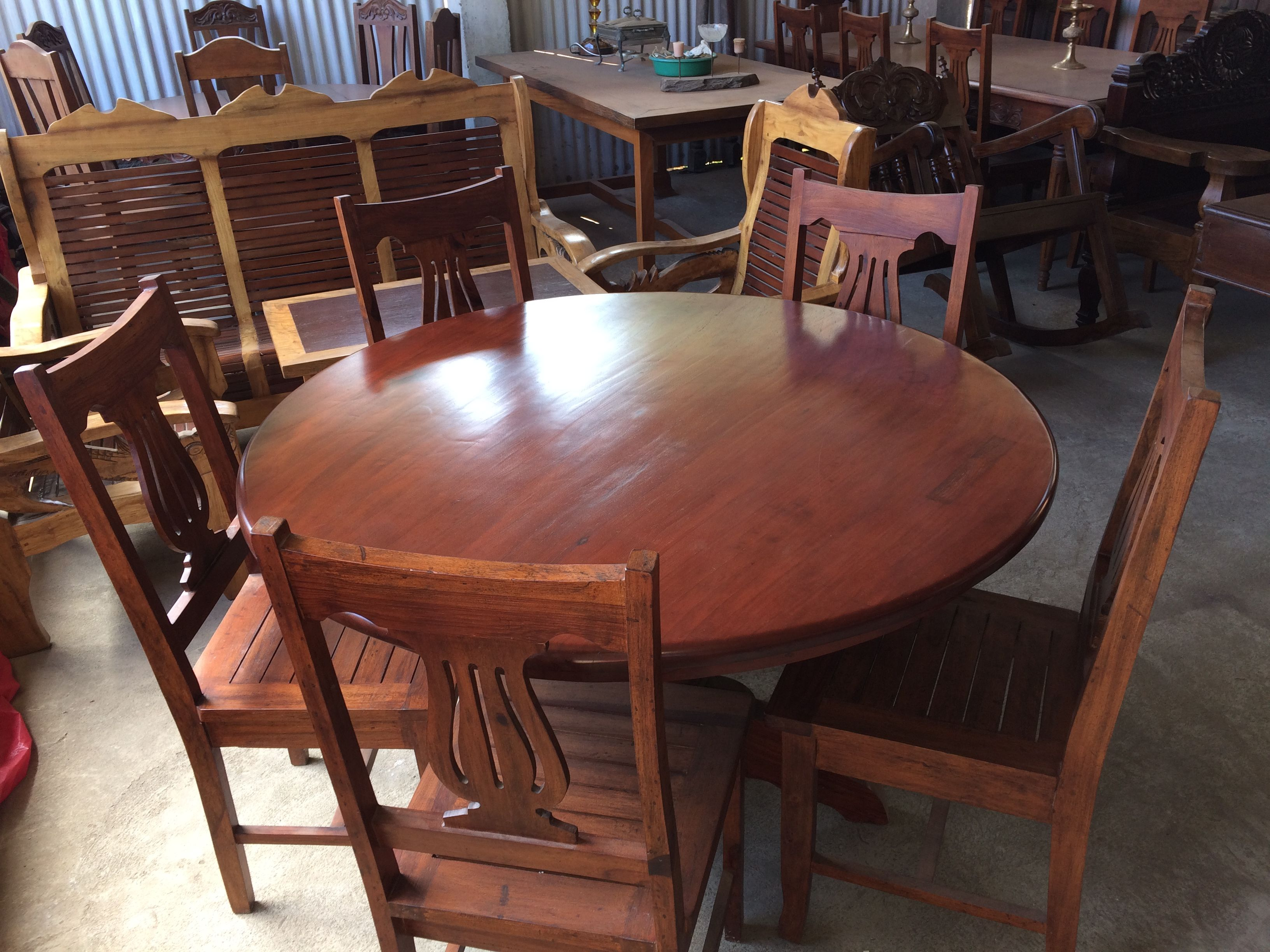My One Piece Top Narra Round Table 5 6 Seater