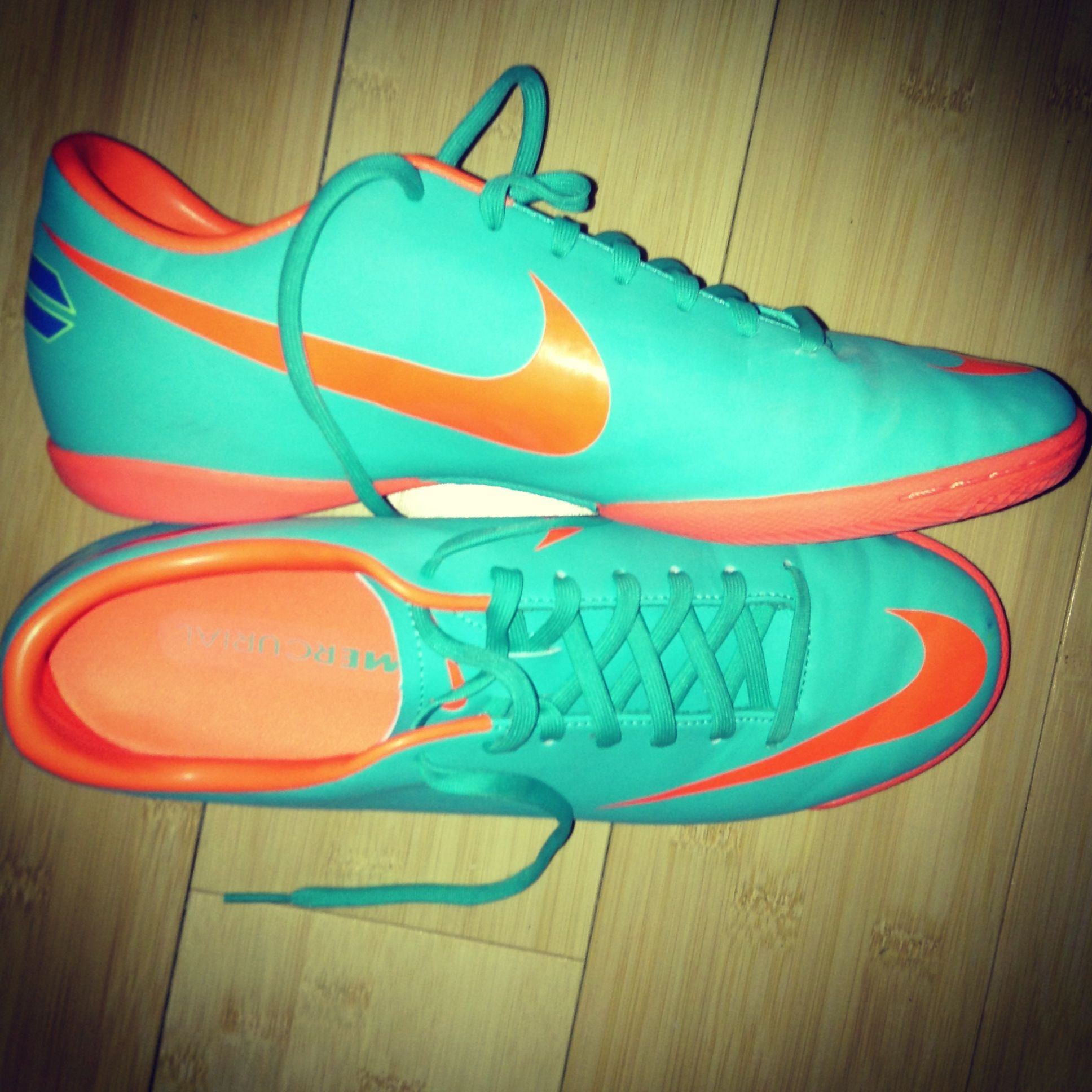 Zapatos De Fútsal · Nike Baratos · These are beautiful and I think I m in  love❤ ⚽️IF SOMEONE 3105100b6114d