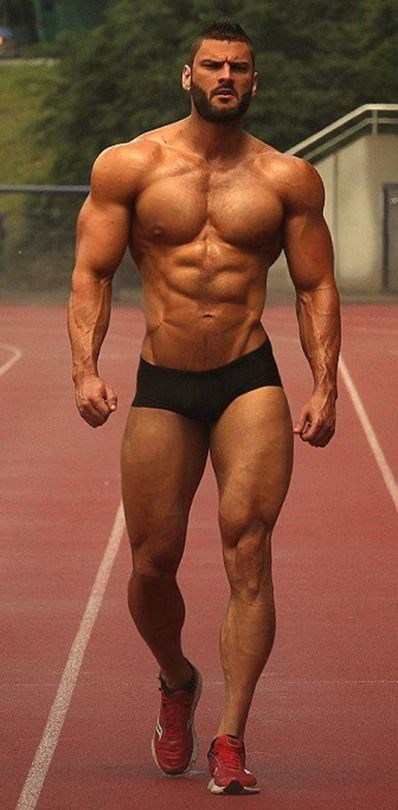 muscle guy hot solo