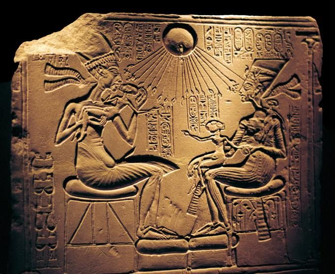 Relief showing Nefertiti, ca. 1370-1330 BC. Great Royal Wife and Akhenaten, and their children, with Aten, the sun's disc which they worshipped.