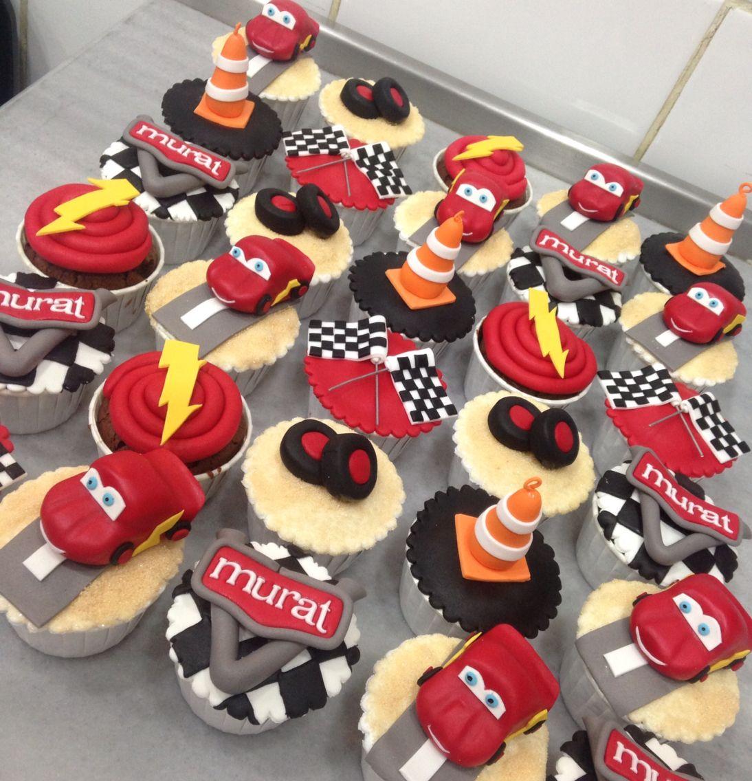 Simsek Mcqueen Cupcakes Cars Birthday Cake Cars Birthday Parties Lightning Mcqueen Party