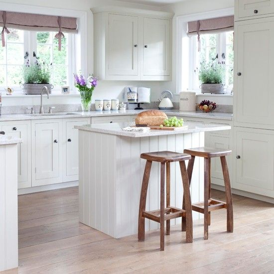 country farm lodge house | Kitchens, House tours and House