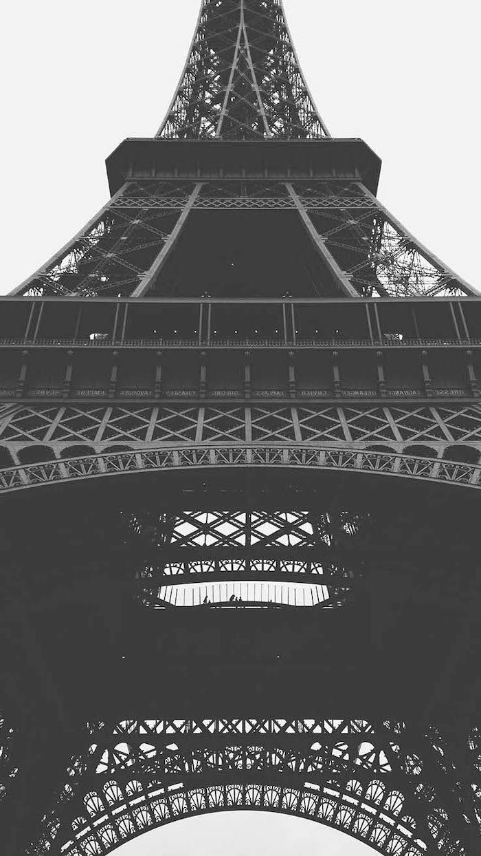 Black And White Photo Of The Eiffel Tower In Paris Girly Backgrounds Cute Backgrounds Preppy Wallpaper Iphone Wallpaper Vintage Black and white cute girly iphone