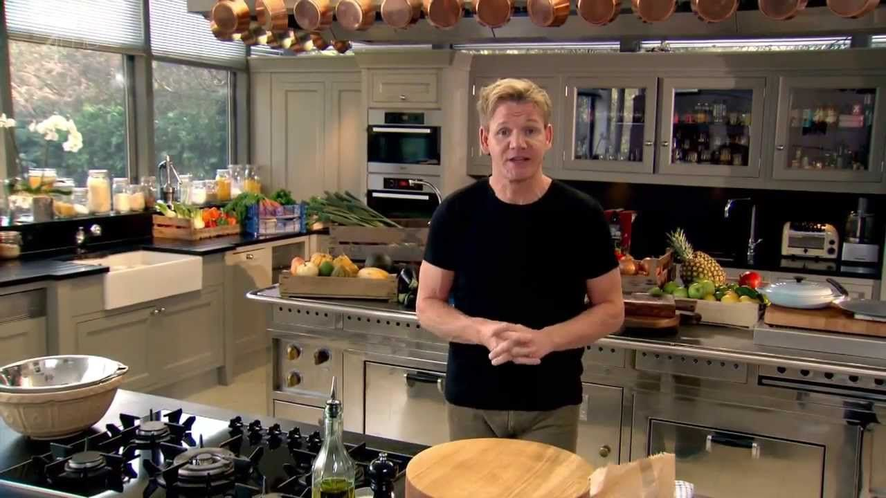 10 essential cooking tips from chef gordon ramsay. Black Bedroom Furniture Sets. Home Design Ideas