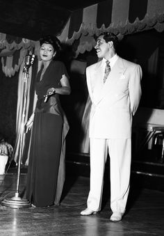Cab Calloway and Pearl BAILEY at the Café Zanzibar, 1945