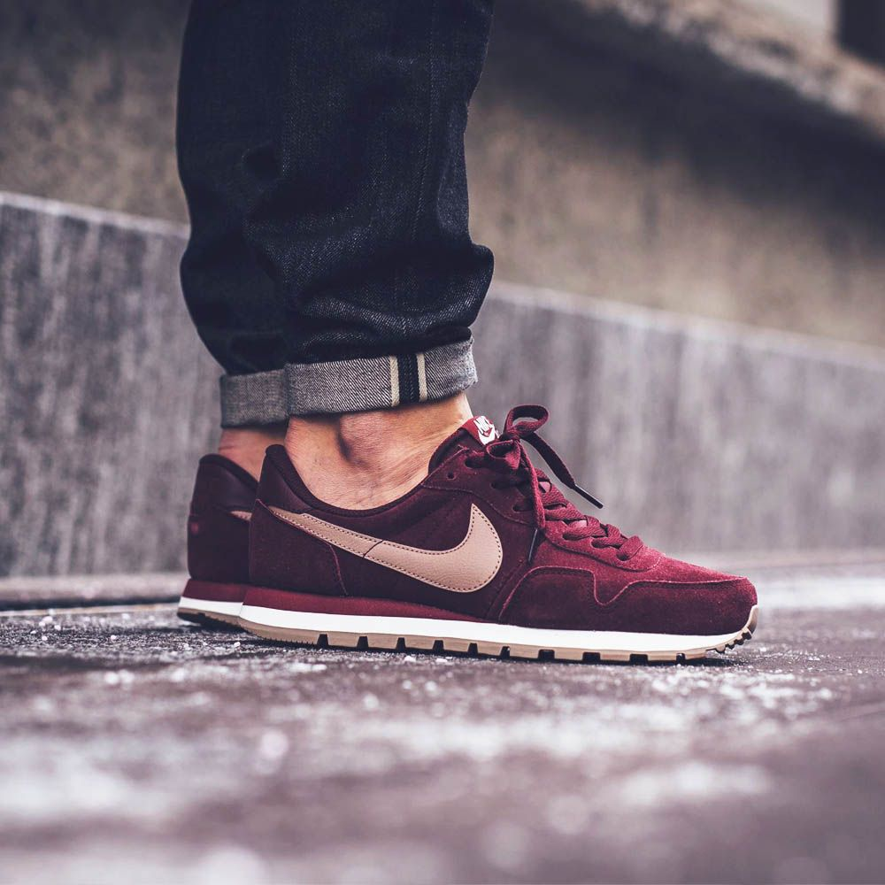 NIKE Air Pegasus 83 LTR Maroon × Team Red  b26fd2850e9b3