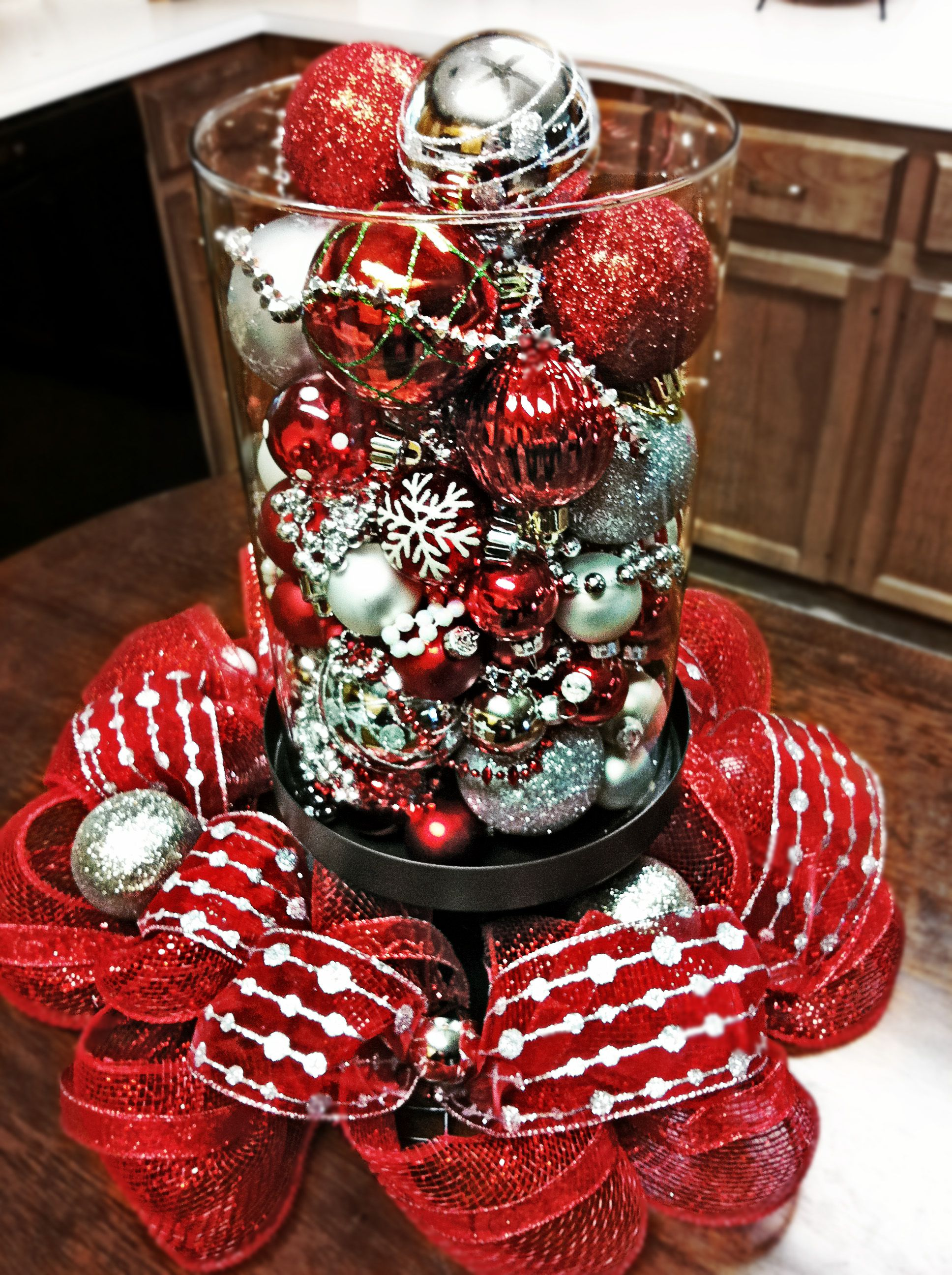My Sisters Kitchen Table Centerpiece Silver Christmas Decorations Christmas Table Decorations Silver Christmas