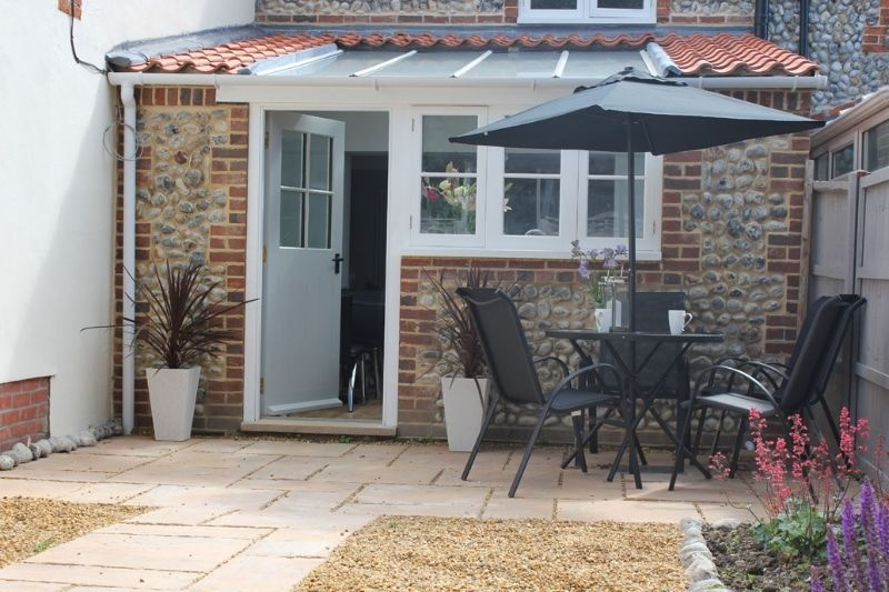 Norfolk Broads Holiday Cottage Plum Tree Cottage is a Luxury Self