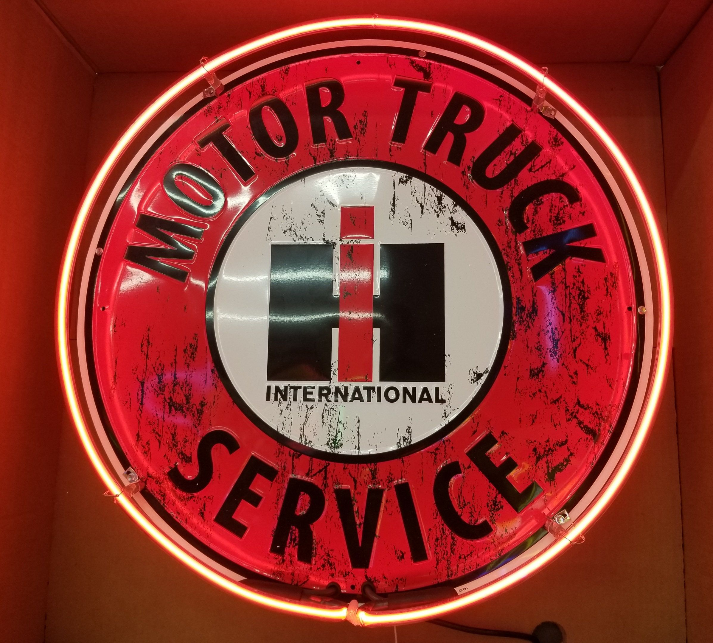 International Trucks Single Neon Sign 24 Full Canned By Bigcheeseproductions On Etsy International Truck Neon Signs Motor Truck