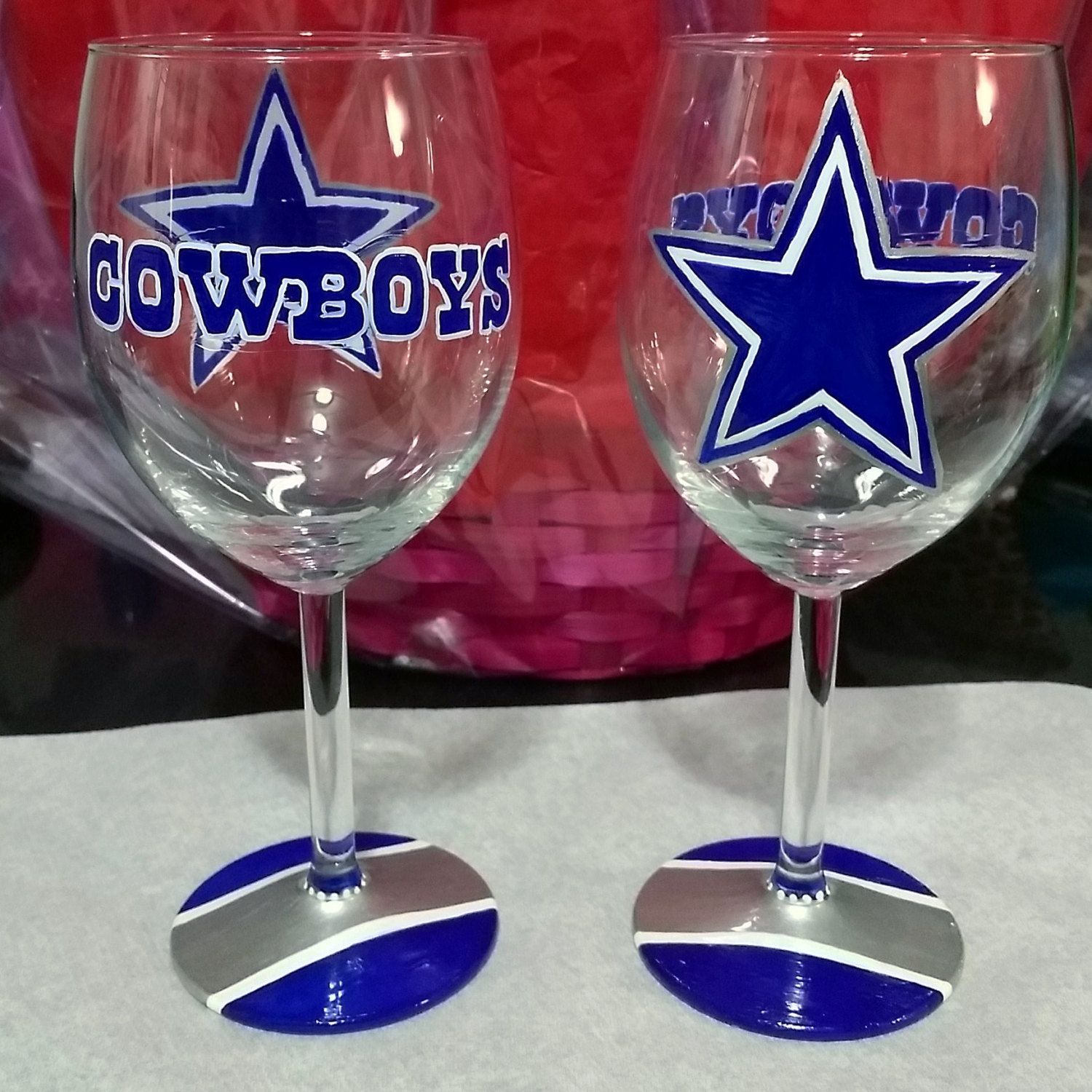 Dallas Cowboys Hand Painted Wine Glass By Jannysboutique On Etsy Painted Wine Glass Wine Glass Crafts Hand Painted Wine Glass