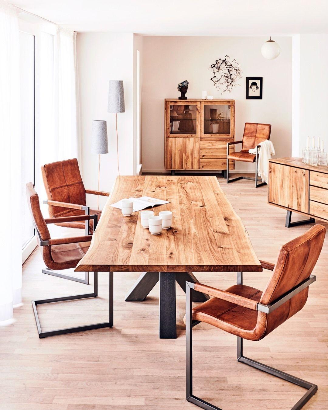 Et godt spisebord er et spisebord hvor der er plads til alle⠀⠀⠀⠀⠀⠀⠀⠀⠀ ⠀⠀⠀⠀⠀⠀⠀⠀⠀ Lige nu får du en Firefly lampe til en værdi af 1499 DKK med på købet når du bestiller et Thor spisebord!⠀⠀⠀⠀⠀⠀⠀⠀⠀ ⠀⠀⠀⠀⠀⠀⠀⠀⠀ Find det på FASMAS.DK⠀⠀⠀⠀⠀⠀⠀⠀⠀ #fasmas #fasmaslifestyle ⠀⠀⠀⠀⠀⠀⠀⠀⠀ ⠀⠀⠀⠀⠀⠀⠀⠀⠀ // ⠀⠀⠀⠀⠀⠀⠀⠀⠀ ⠀⠀⠀⠀⠀⠀⠀⠀⠀ A good dining table is a dining table where there's space for everyone.⠀⠀⠀⠀⠀⠀⠀⠀⠀ ⠀⠀⠀⠀⠀⠀⠀⠀⠀ Find it on FASMAS.DK ⠀⠀⠀⠀⠀⠀⠀⠀⠀ ⠀⠀⠀⠀⠀⠀⠀⠀⠀ #houseenvy #inspotoyourhome #home #interiordesign #deco #homedec