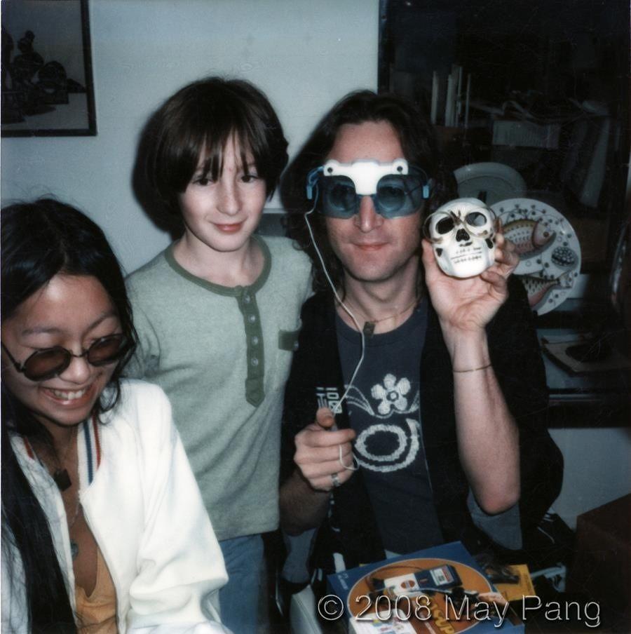 John With Young Julian And May Pang John Lennon John Lennon Beatles Julian Lennon