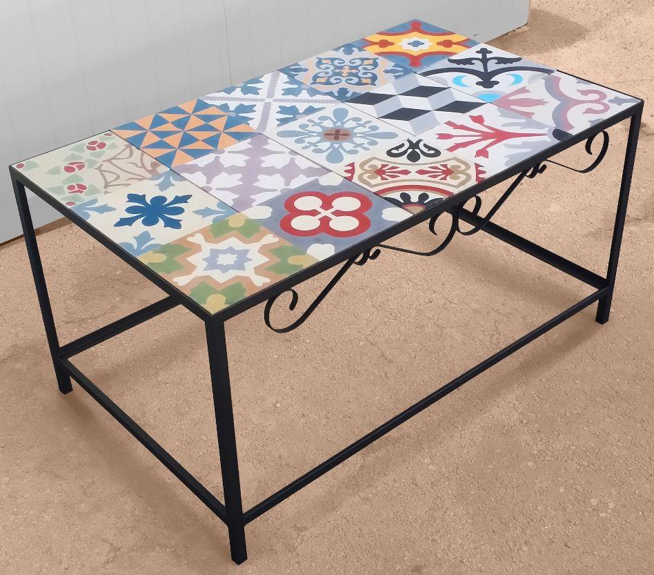 Centre table kiko in steel and hydraulic mosaic tiles - Mesa de hierro ...