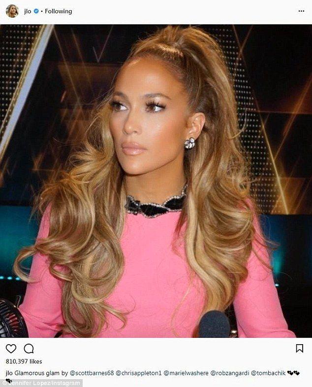 Look pretty in pink like Jennifer in Gucci  DailyMail 64249f2bdbc12