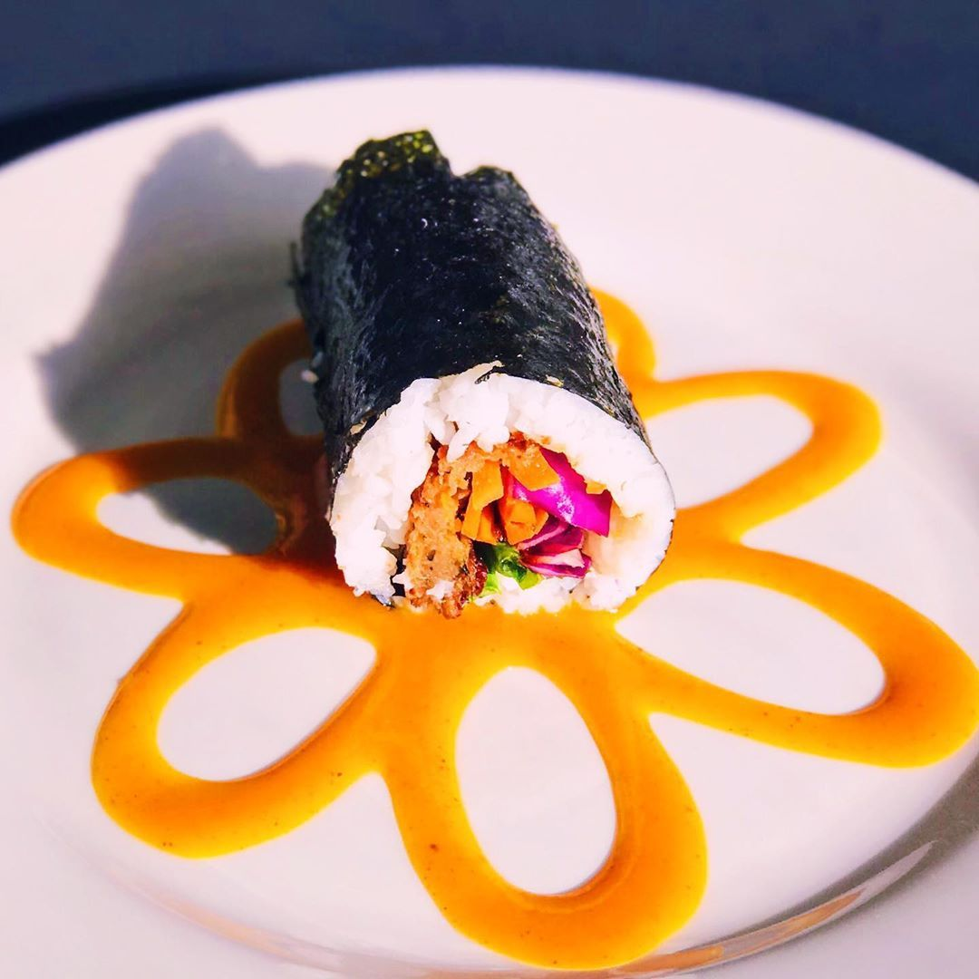 Carrot and Sautéed Mushroom Sushi Roll   Spicy Mango Sauce🥭  This vibrant dish can light up your day and your taste buds! What is your favorite kind of sushi? Leave a comment below! . . . .
