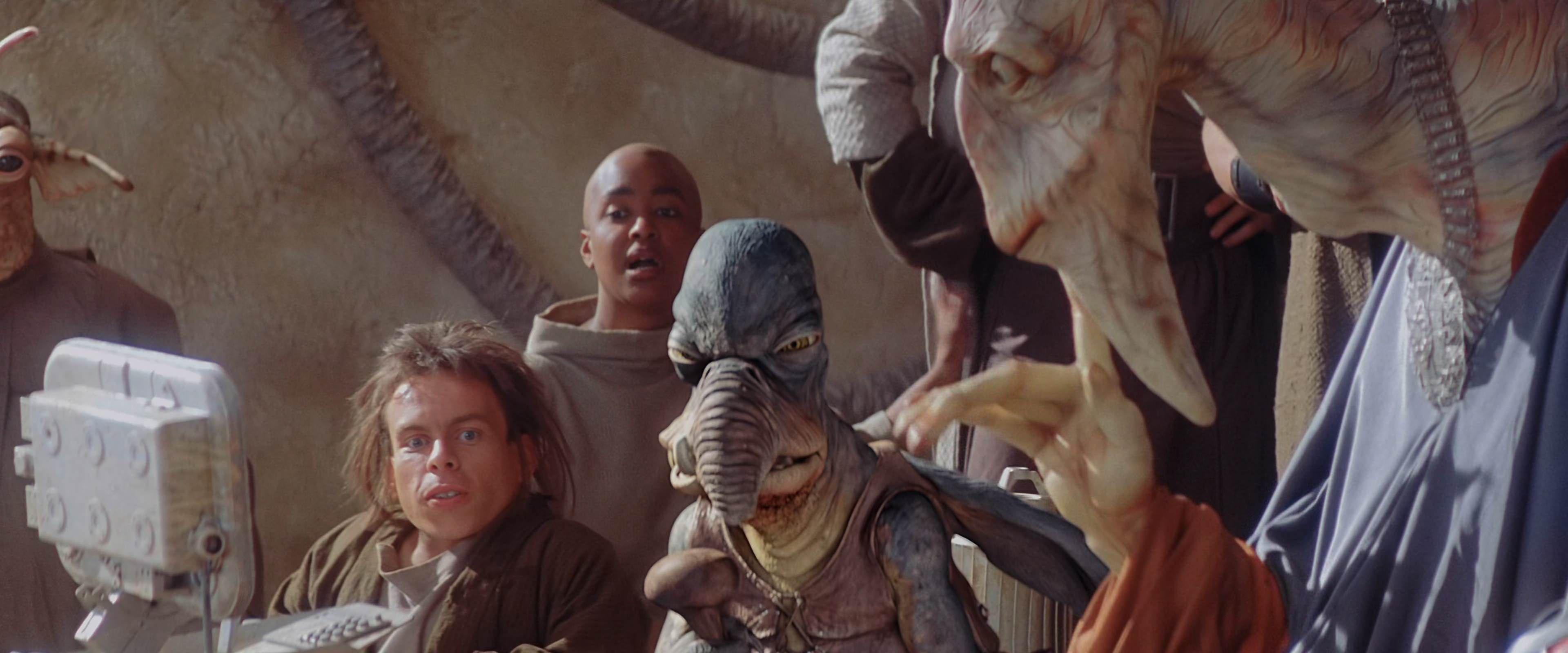 4k Star Wars Episode I The Phantom Menace 1999 Starwars Screencaps Com In 2020 The Phantom Menace Star Wars Star Wars Episodes