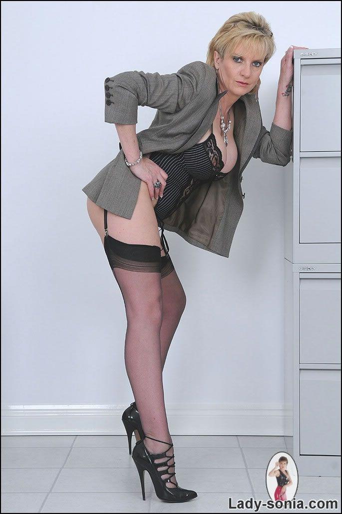 lady sonia heels