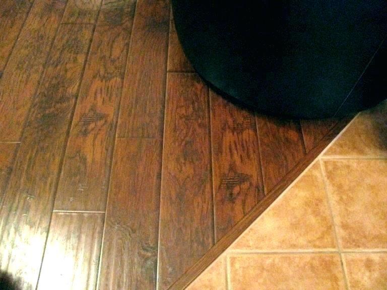 Pin By Juha Naaralainen On Laatoitus Transition Flooring Floor Transition Strips Rubber Flooring