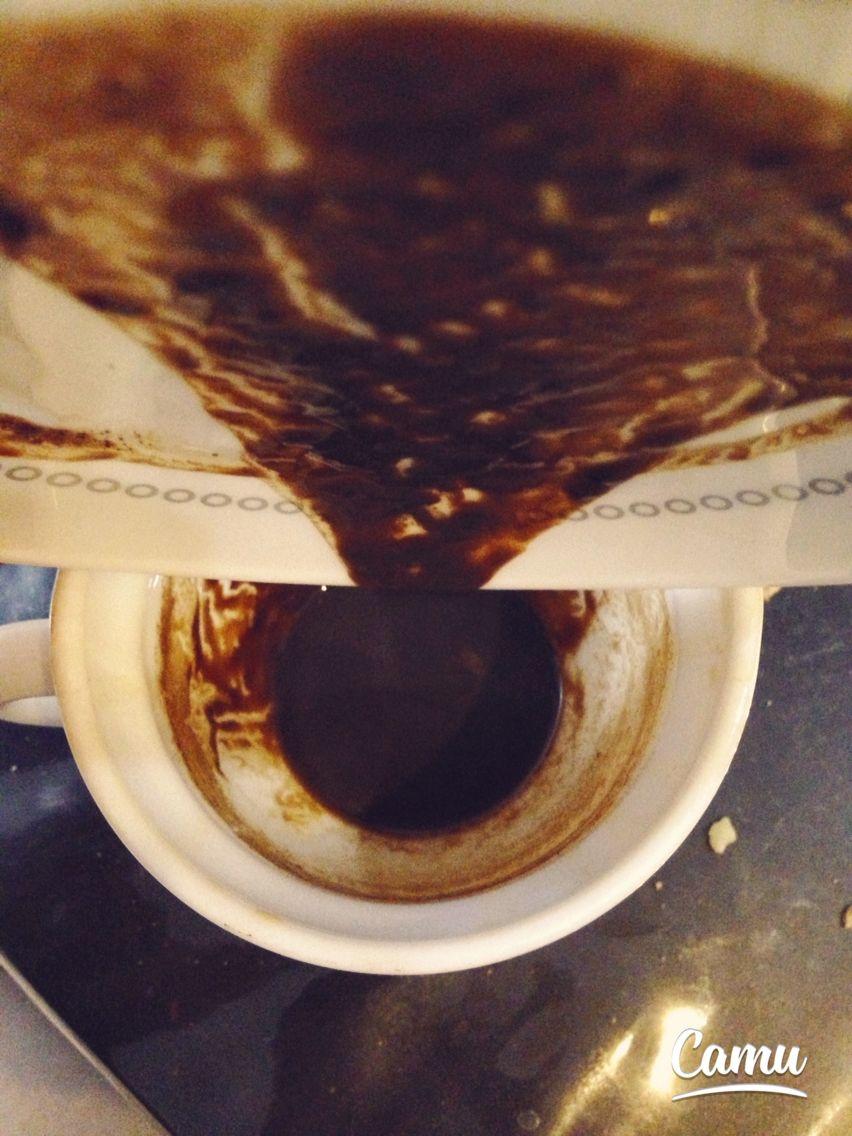 فال قهوه ؛ فالي كه من مي گيرم ؛ بسيار دقيق مي باشد و اتفاق افتادنش