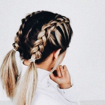 15+ Trendy Hairstyles For Medium Length Hair Updo Everyday -   11 hair Updos everyday ideas