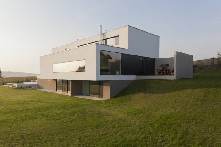 Modernes Traumhaus in kubistischer Form in Österreich - geometrische formen farben modernes haus