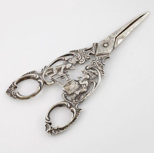 Antique 800 Silver figuarl Grape Shears