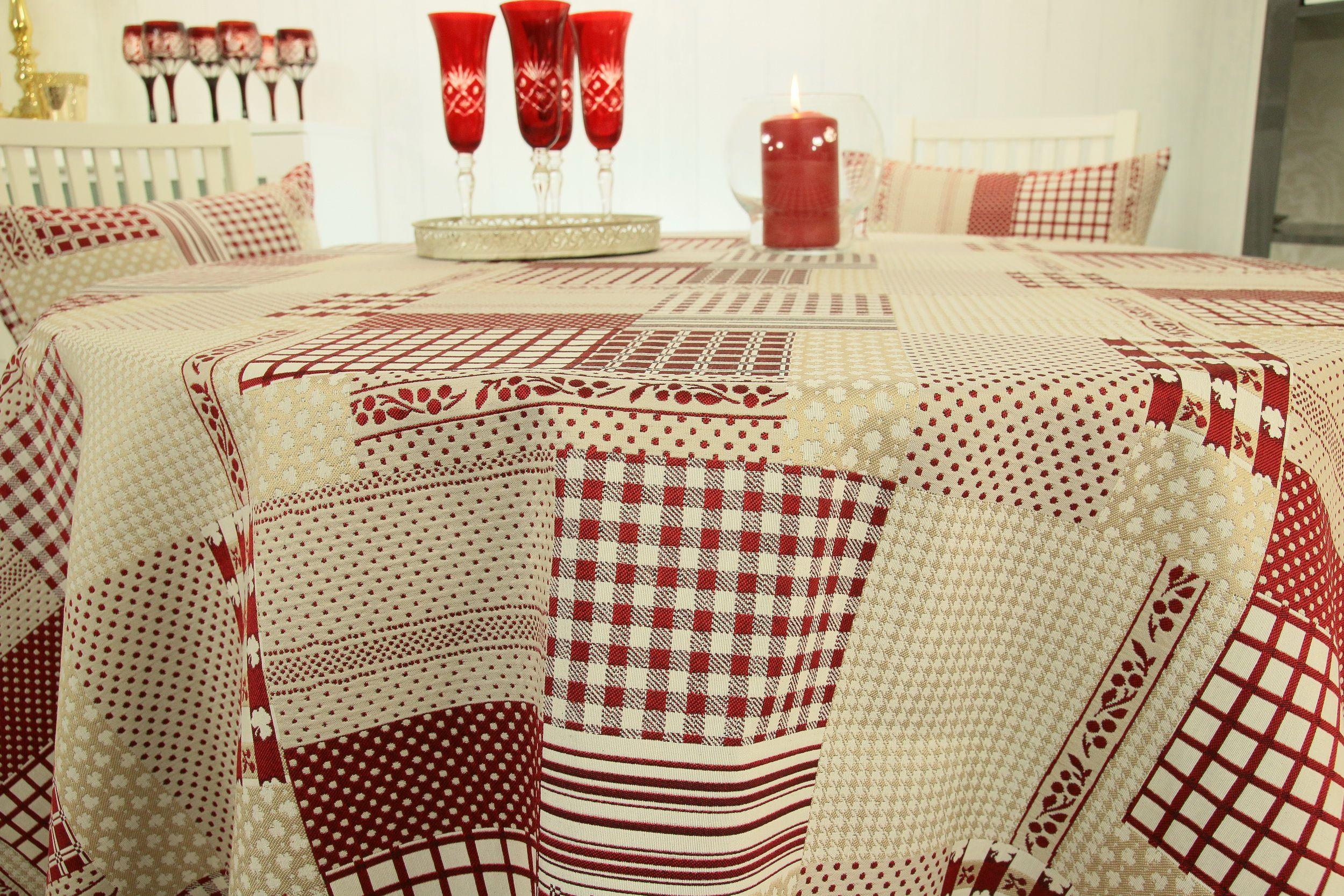 Runde Landhaus Tischdecke Der Schwere Stoff Fallt Wunderbar Weich An Den Seiten Herab Runde Tischdecke Tischdecke Decke