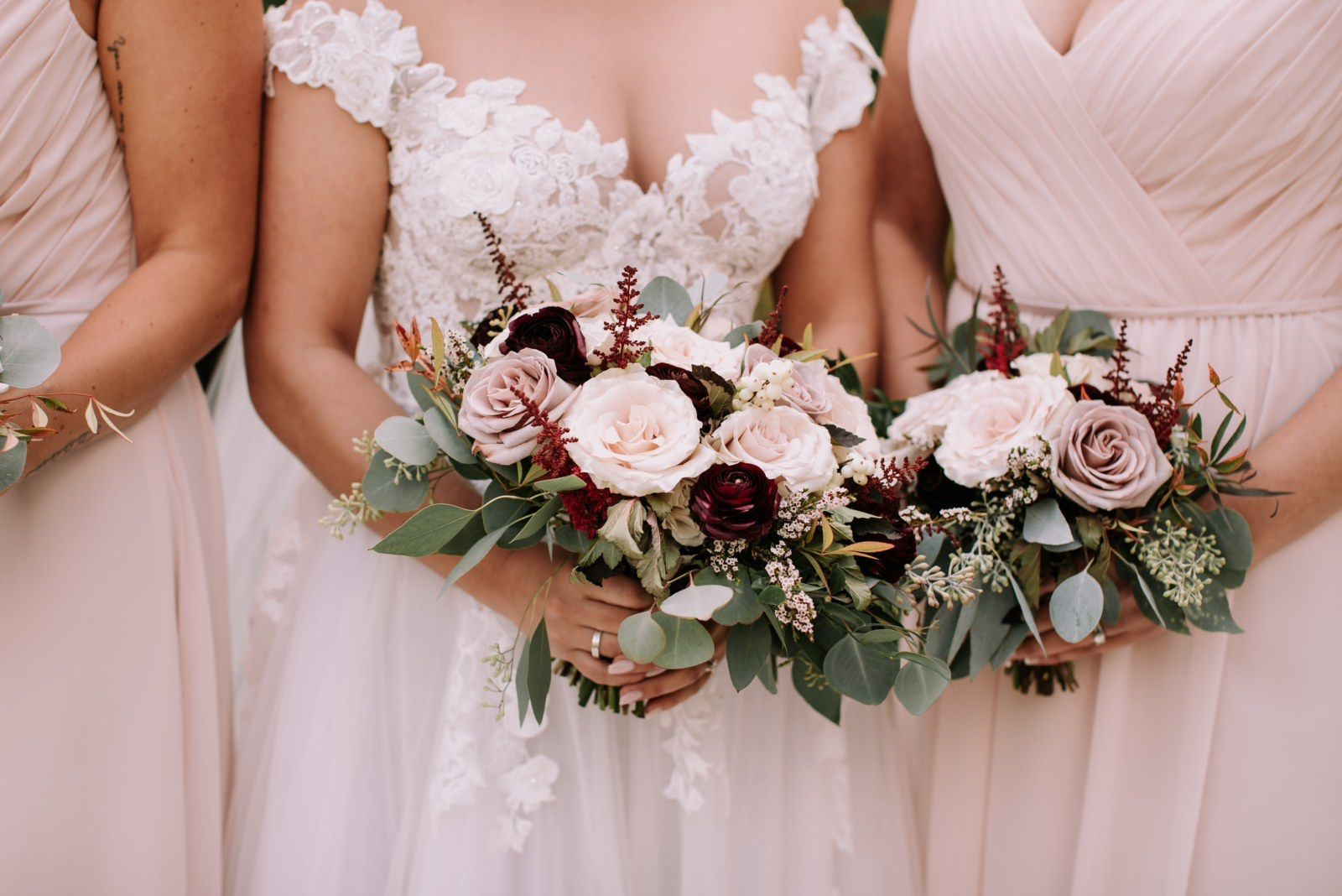 Dusty rose and burgundy bouquets #astilbebouquet Perfect bouquets for a fall wedding in shades of dusty pink, dusty lavender and burgundy. These bouquets were designed with astilbe, amnesia roses, Quicksand roses and burgundy ranunculus. Photo: Red Bloom Photography #fallbouquets #dustypinkflowers #burgundyflowers #fallweddingflowers #calgaryweddings #astilbebouquet