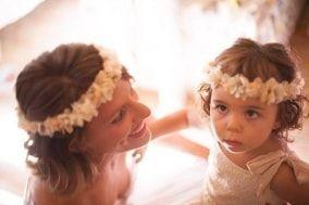 Coronas de flores y tocados de Hip&love - Coronas de flores y tocados   Fotos