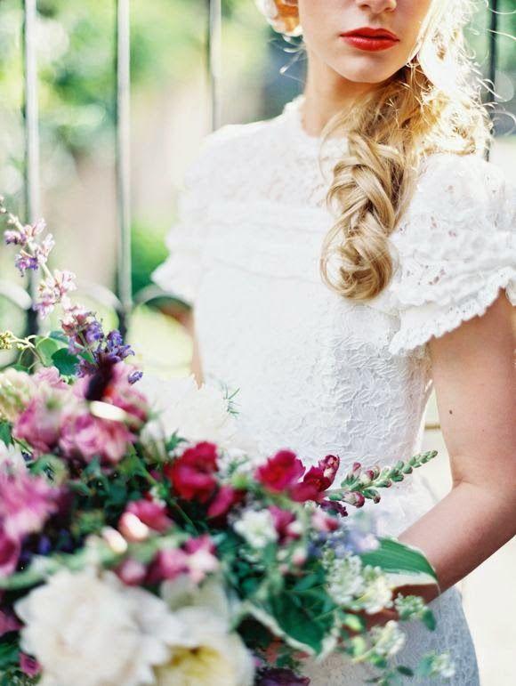 Labios rojos para novias e invitadas