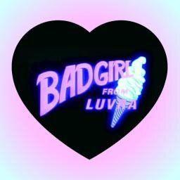 Bad Girls From Luvra Text Neon タイポグラフィー デザイン グラフィックデザイン