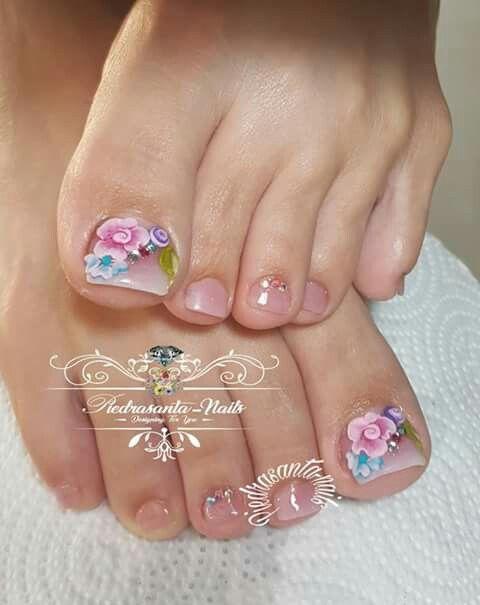 2019 Nail Trends: Toe Nail Art, Cute Toe