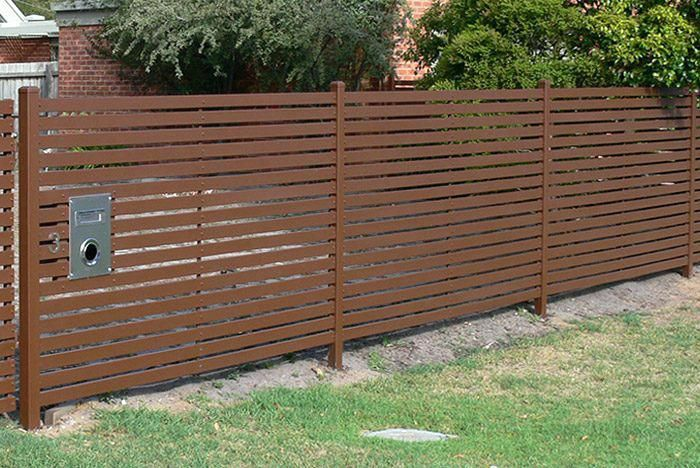Back fence | Tropical backyard landscaping, Types of ...