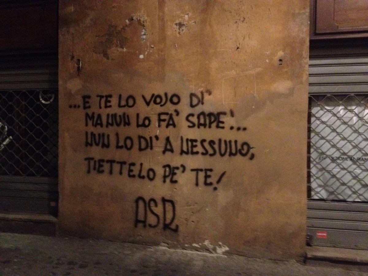 Pin de pasquale annunziata em scritte sui muri home for Scritte tumblr sui muri