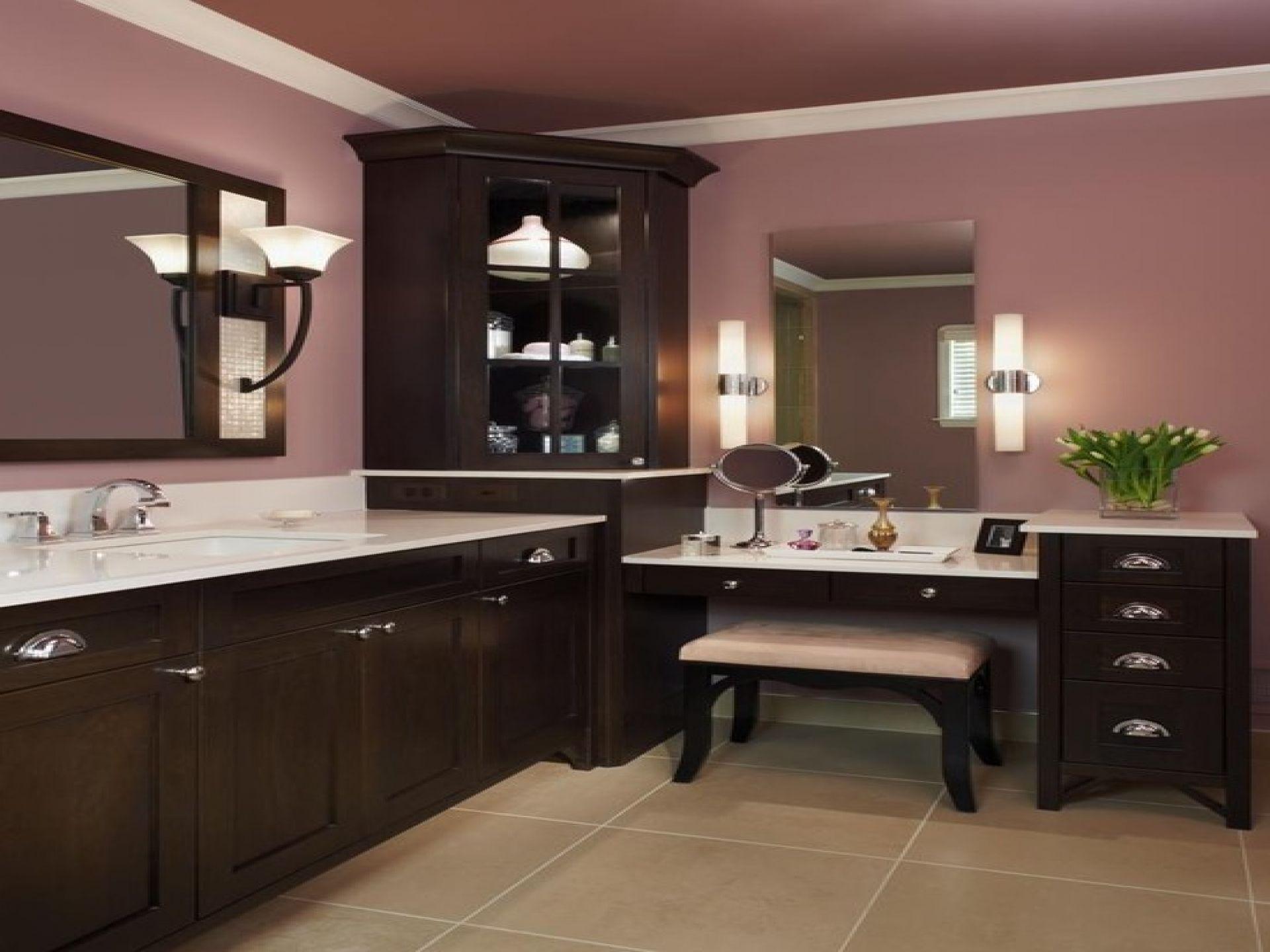 l shaped bathroom with makeup vanity Bathroom