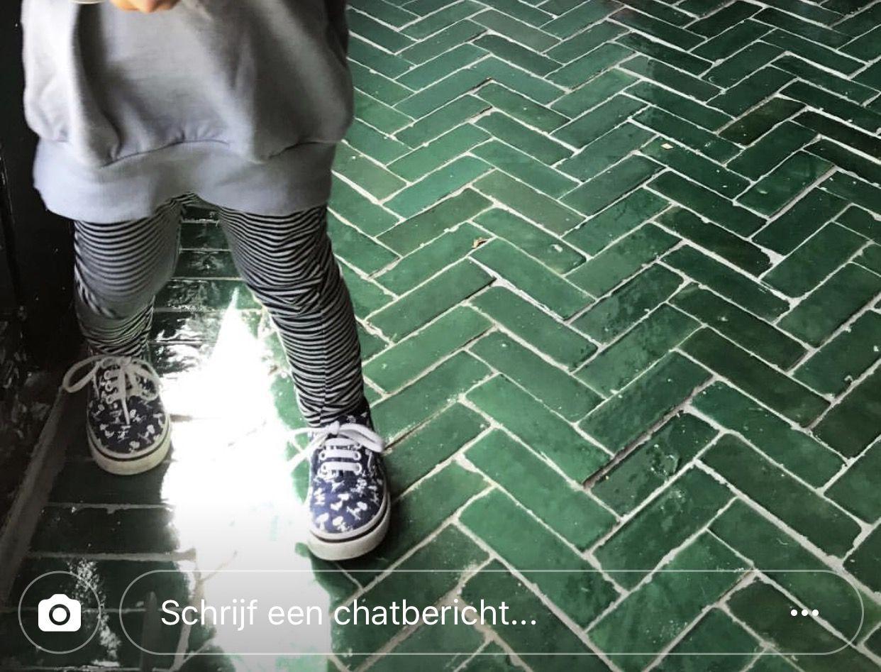 Marokkaanse Tegels Badkamer : Deze groene marokkaanse tegels op de vloer in de badkamer of op