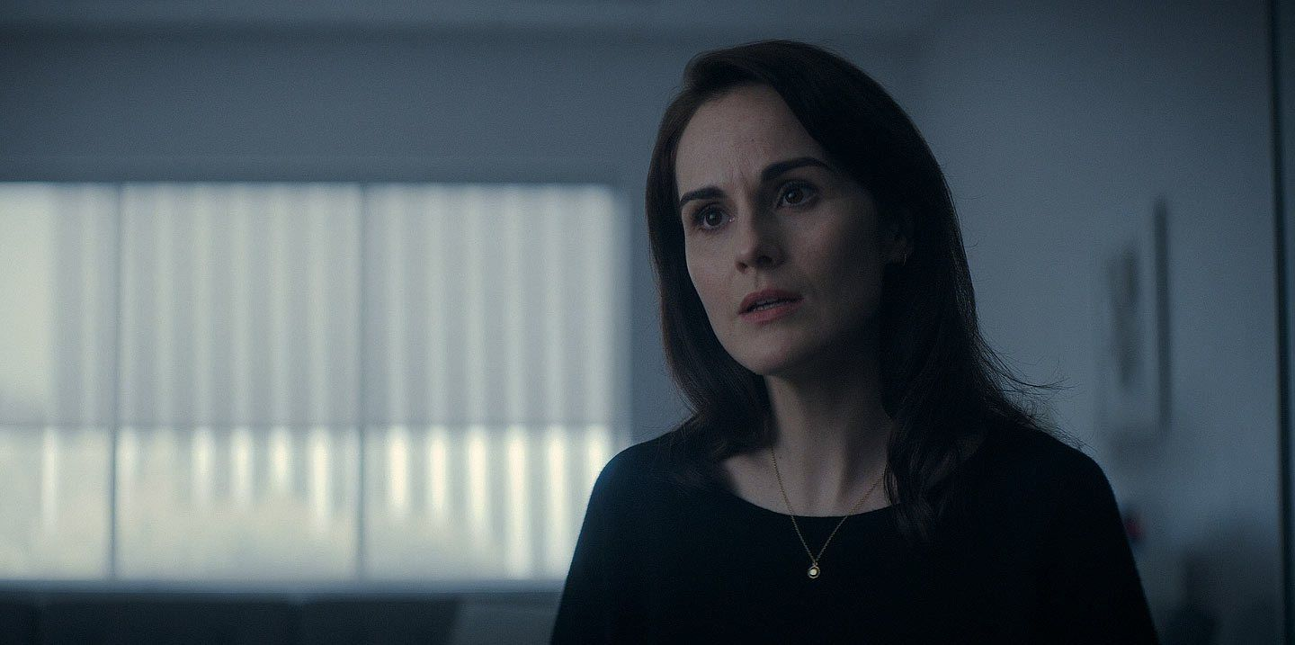 Michelle Dockery As Laurie Barber In Appletv S Defending Jacob Defender Jacobs Michelle Dockery