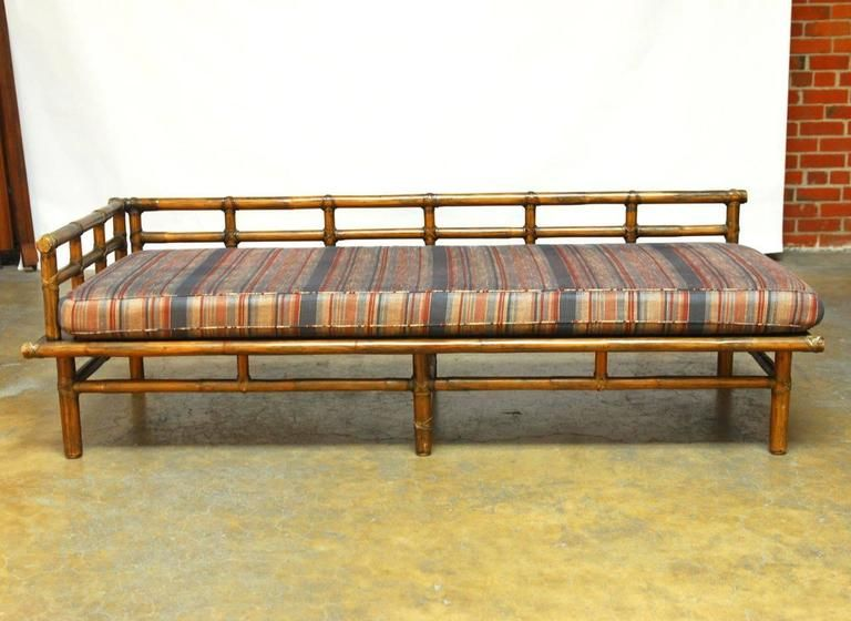 Asian style bamboo daybed by mcguire for Asiatische sofas