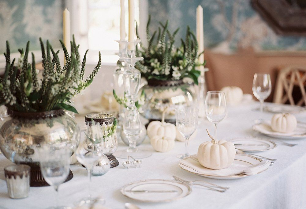 14 Gorgeous Holiday Table Settings - Our Style Blog - One Kings Lane & 14 Gorgeous Holiday Table Settings - Our Style Blog - One Kings Lane ...