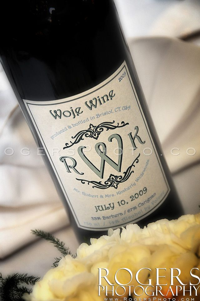 Personalized bottle of home made wine especially for the wedding event. - Rogers Photography