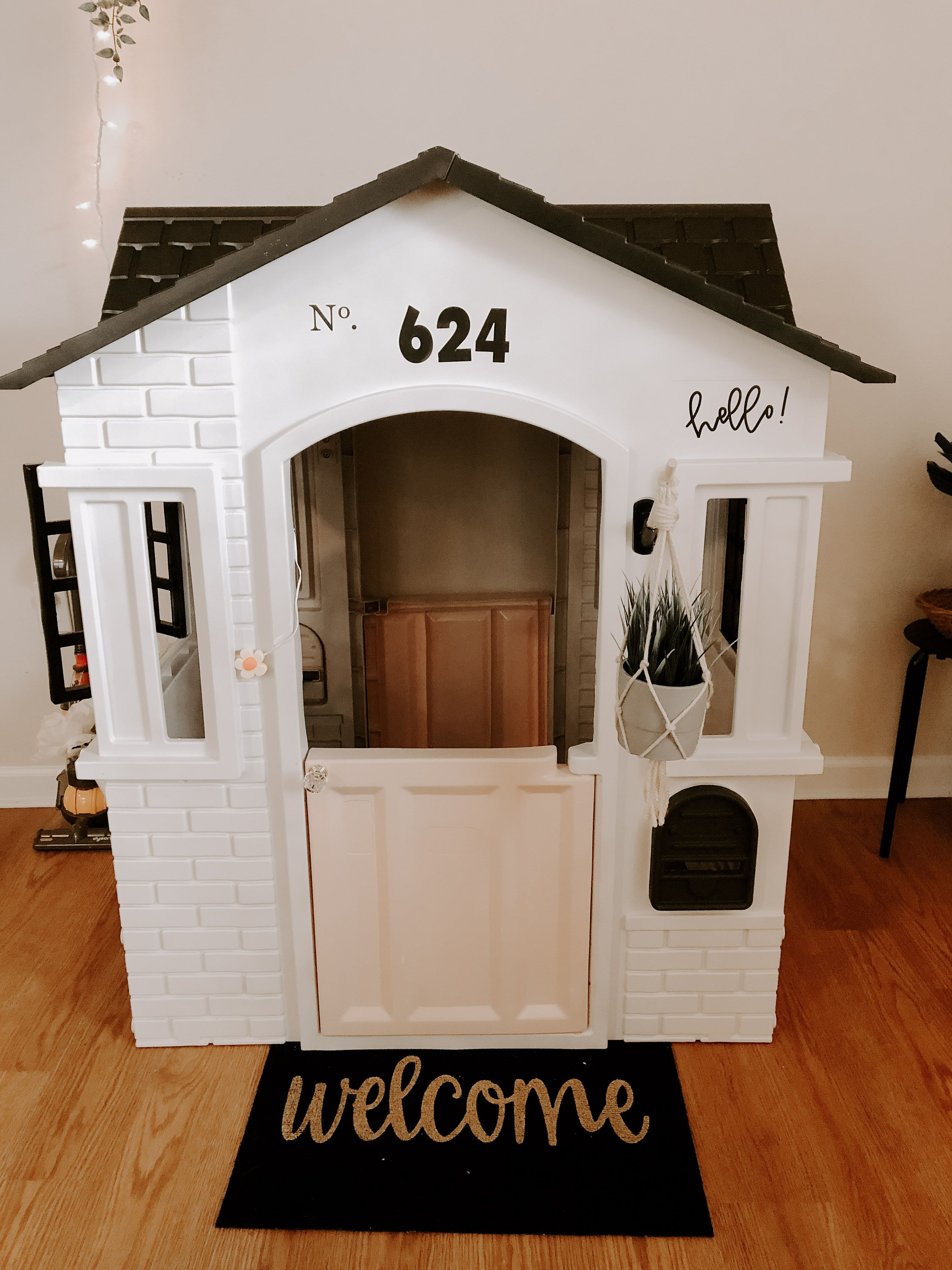 Little Tikes Cottage Playhouse Makeover DIY. So easy. Step