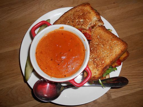Review of a delicious lunch at Miko's Flipside in Bucktown.