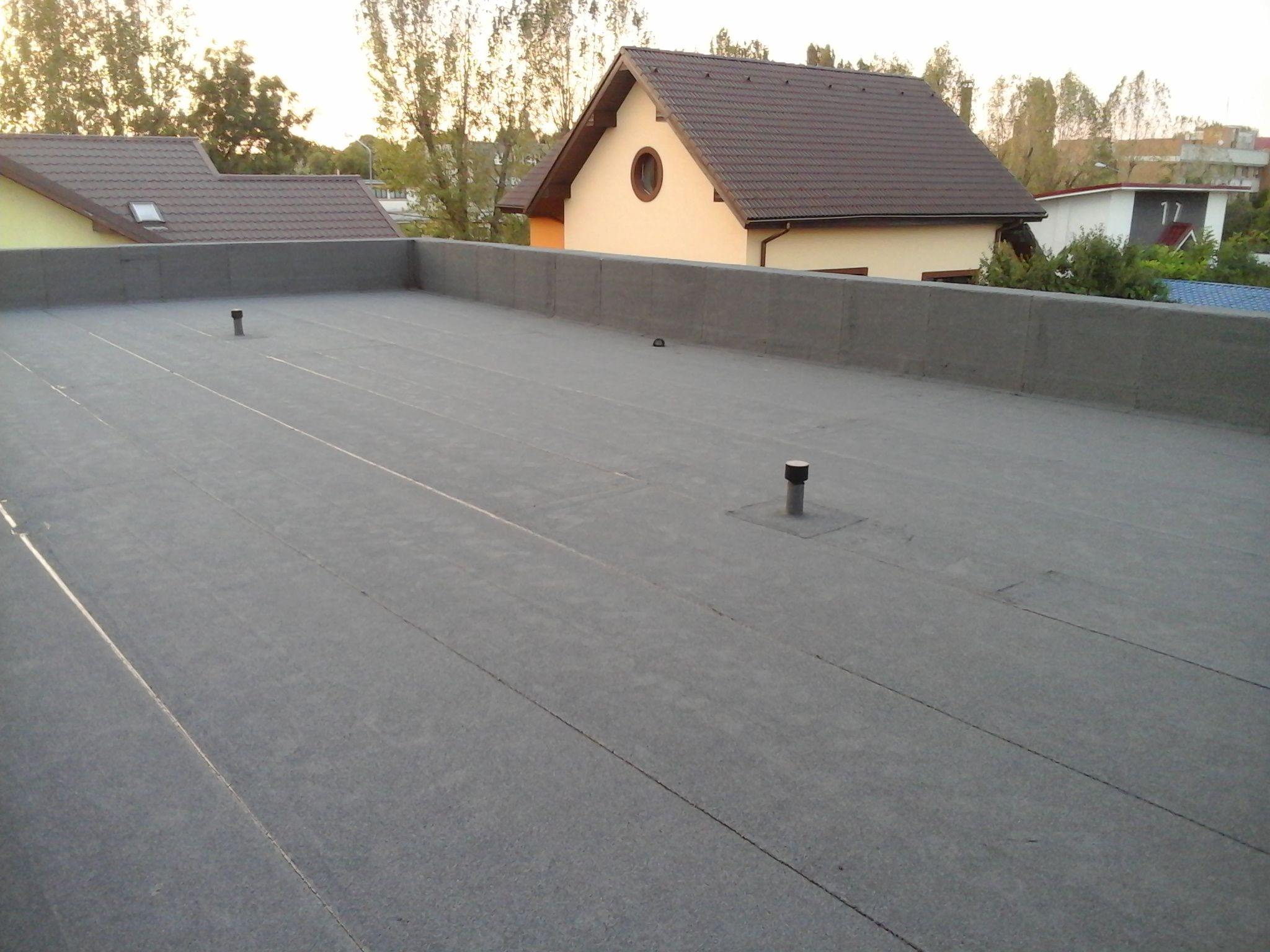 What Are The Advantages Of A Flat Roof Terrace Flat Roof Roof Terrace Roof